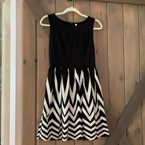 Black/White Stripe Xhiliration Dress